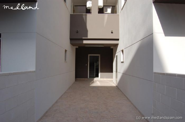 Appartement op 50 meter van het strand in santa pola - Betegelde ensuite marmeren badkamers ...