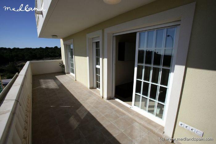 Amplios apartamentos de 3 dormitorios en gran alacant - Viviendas en gran alacant ...