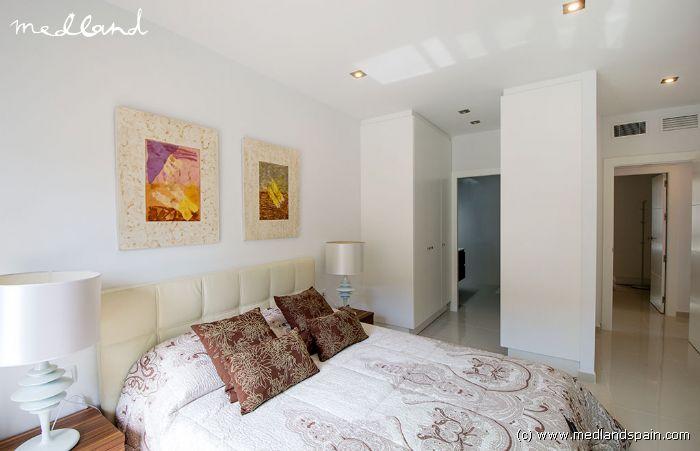 Villa met priv zwembad in pilar de la horadada - Kleedkamer suite badkamer kleedkamer ...