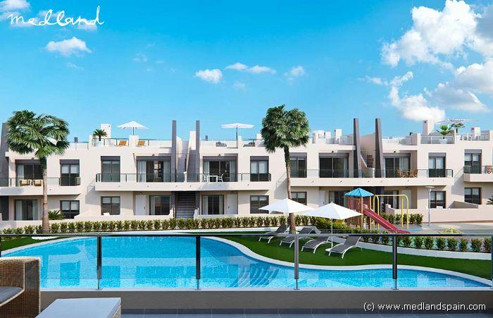 appartement au rez de chauss e avec jardin 400 m tres de la plage de las mil palmeras. Black Bedroom Furniture Sets. Home Design Ideas